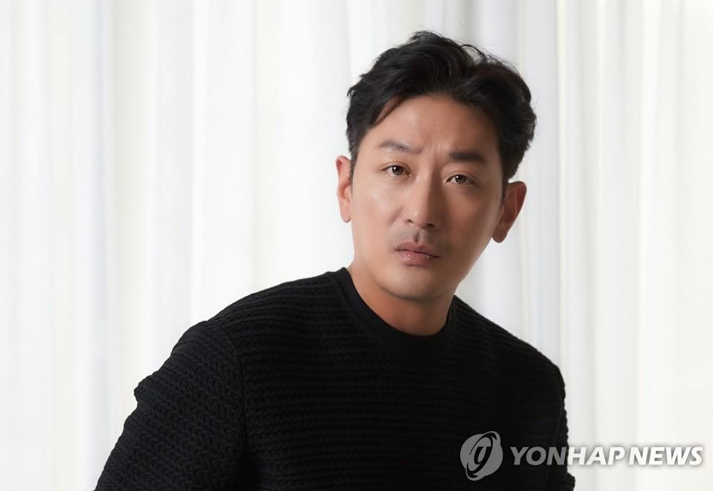 演员河正宇因涉嫌滥用麻醉药被检方提起公诉