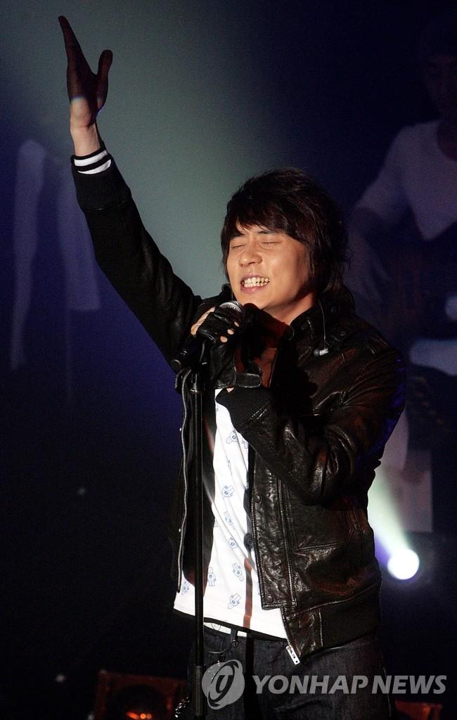 神话成员Andy首次举行个人演唱会