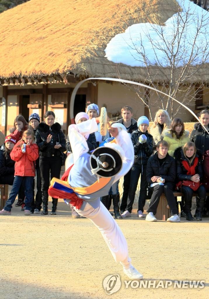 韩国传统表演很有趣