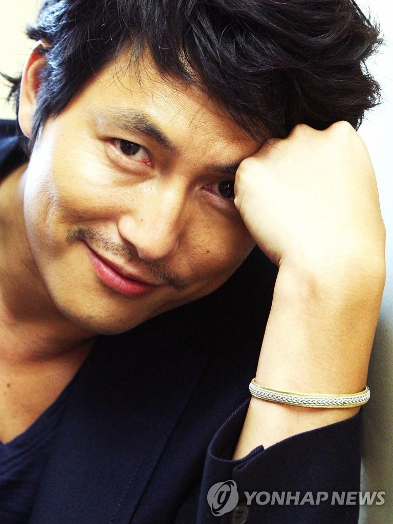 演员郑宇成