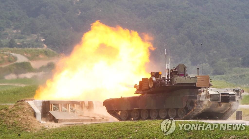 驻韩美军最新战车首次示范射击
