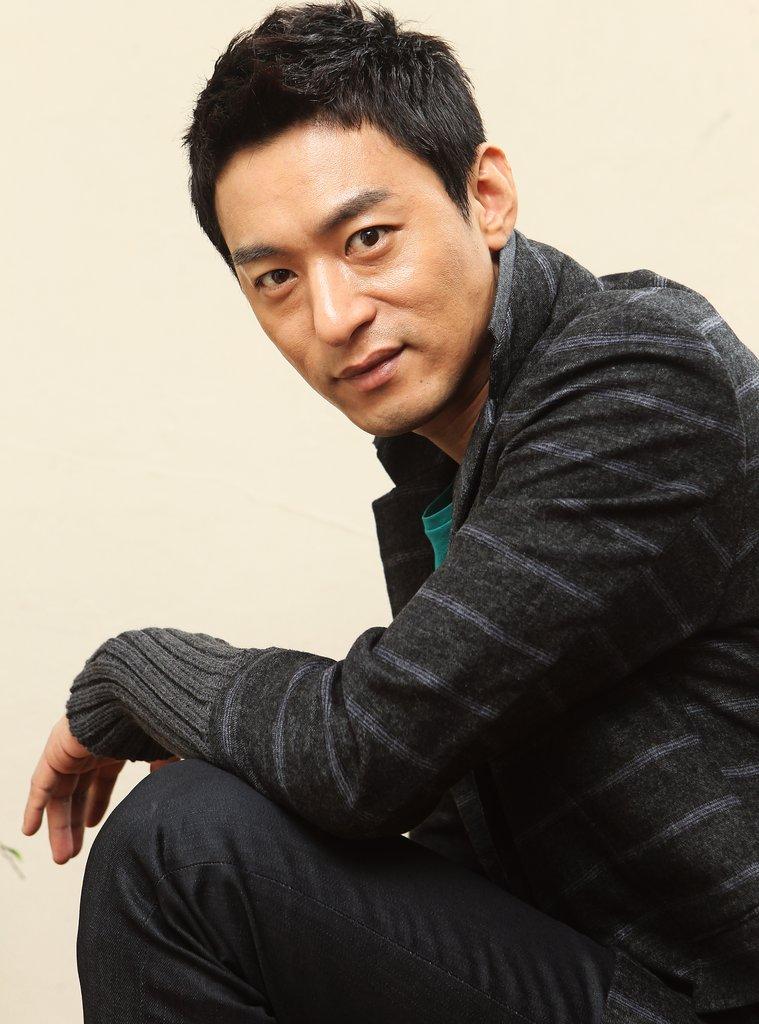 资料图片:演员朱镇模(韩联社)