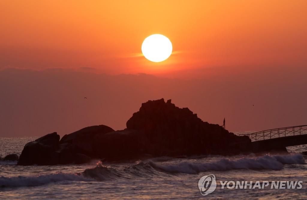 东海的日出景观
