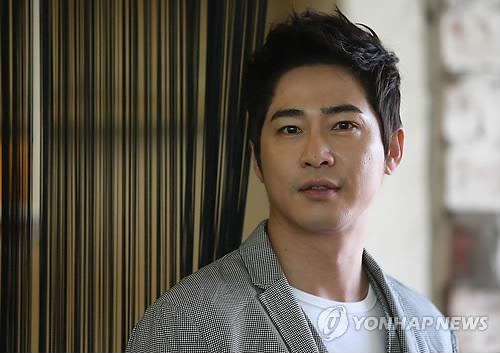 韩警方针对涉性侵演员姜志焕提请审查批捕
