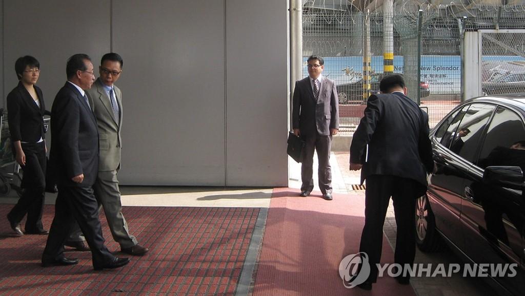 金桂冠等朝鲜外务省高级官员访华
