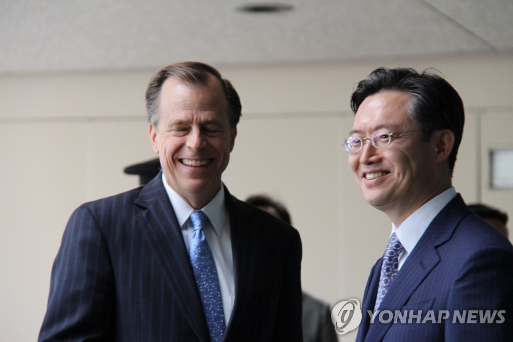 韩美六方会谈团长在华盛顿举行会谈