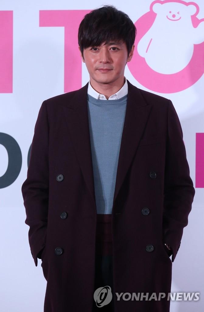 张东健担任第13届韩亚国际短片电影节特别评委