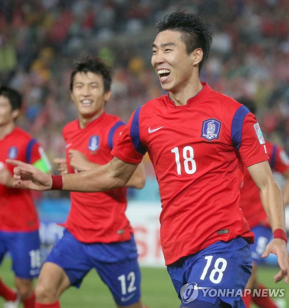 韩国2比0胜伊拉克 时隔27年挺进亚洲杯决赛