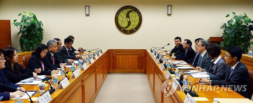 资料图片:第10次韩日安保政策协商会(韩联社)