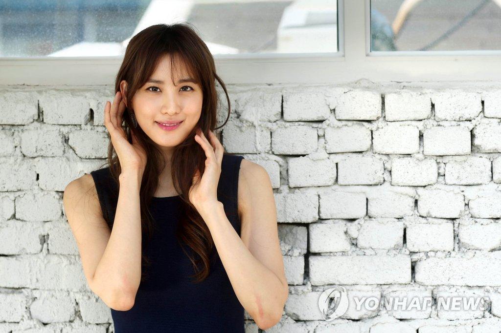 韩演员秀贤