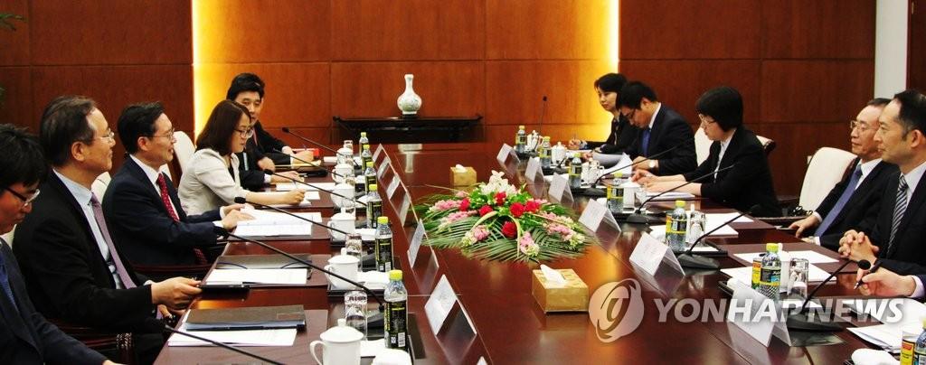 朝核六方会谈韩中团长在京会晤