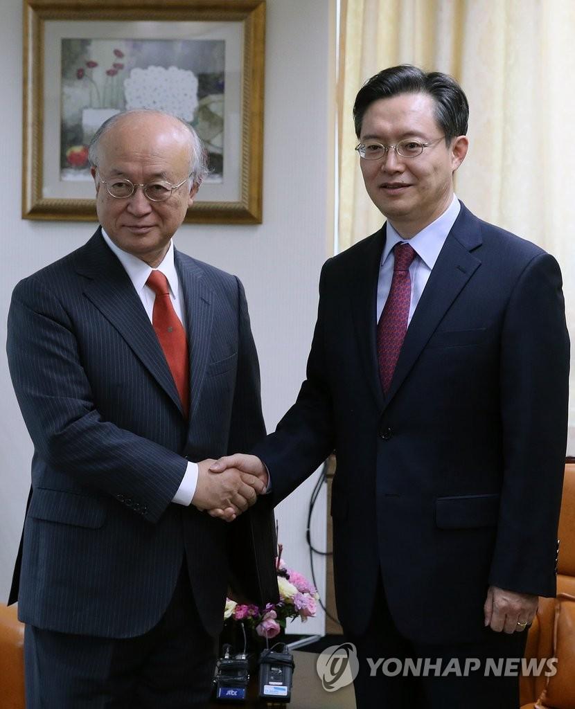 韩六方会谈团长黄浚局会见IAEA总干事
