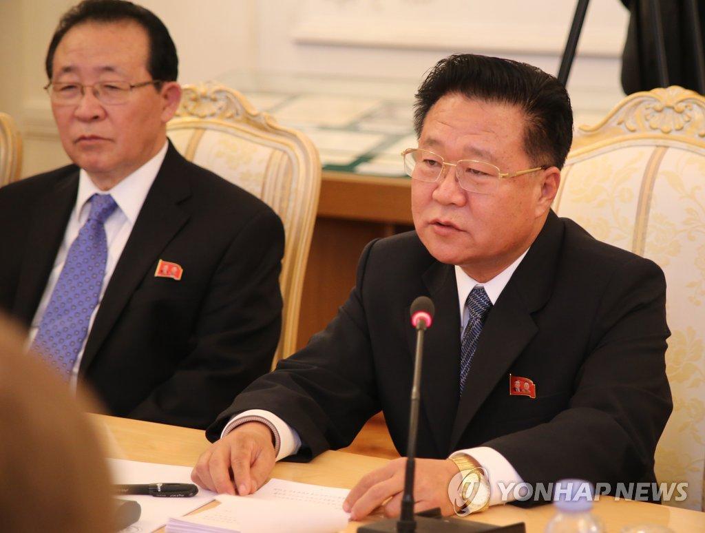 崔龙海未被列入李乙雪葬仪委员会名单
