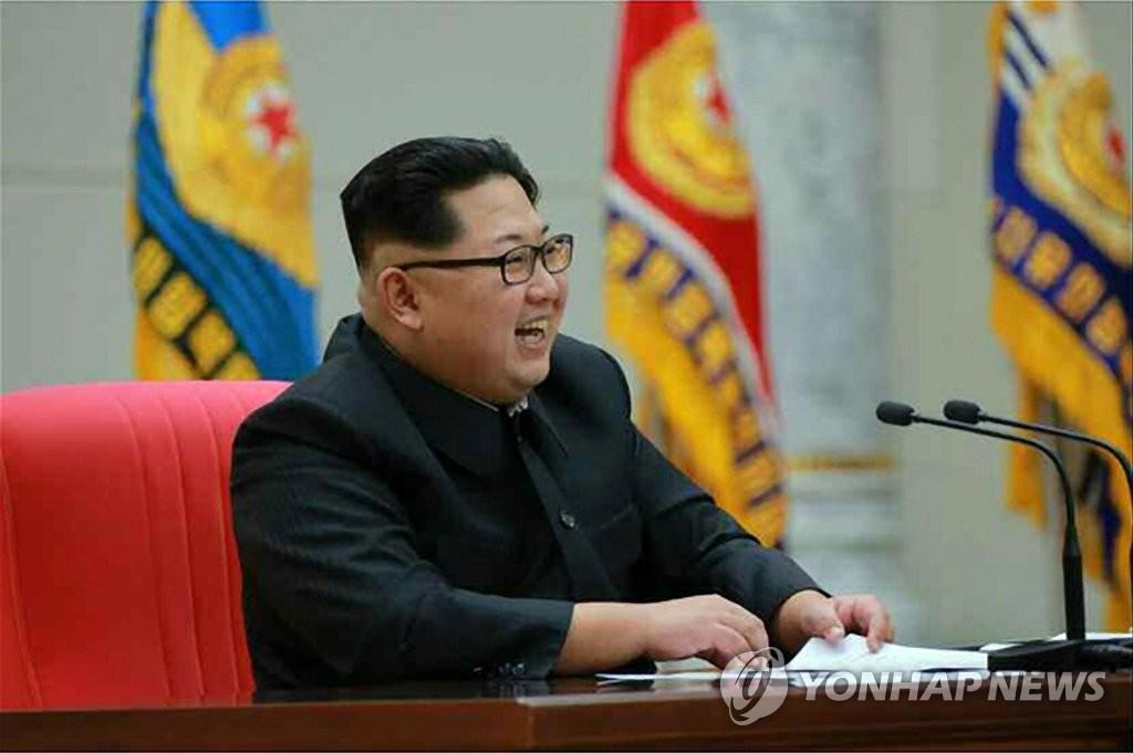 金正恩访问朝鲜人民武力部