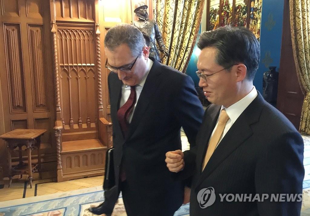 韩俄六方会谈团长磋商朝核应对方案