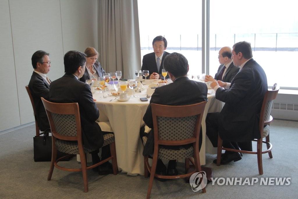 韩外长会见美中日俄常驻联合国代表