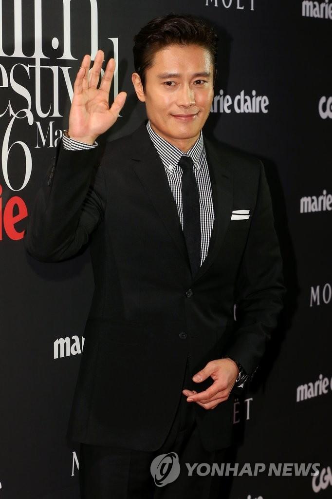 李炳宪获纽约亚洲电影节亚洲之星大奖