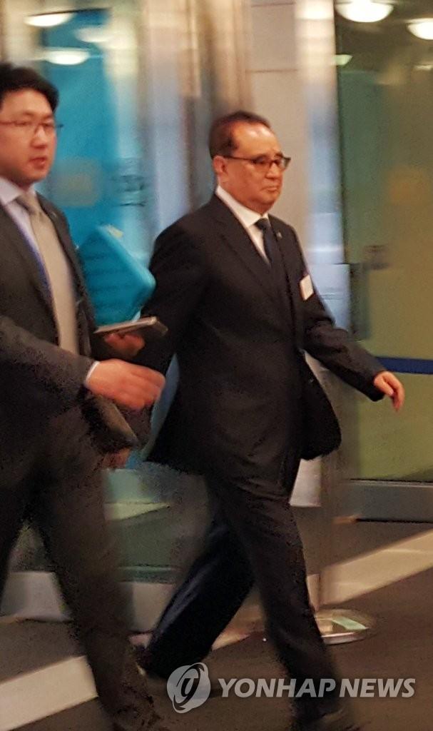 朝鲜外相走入联合国总部