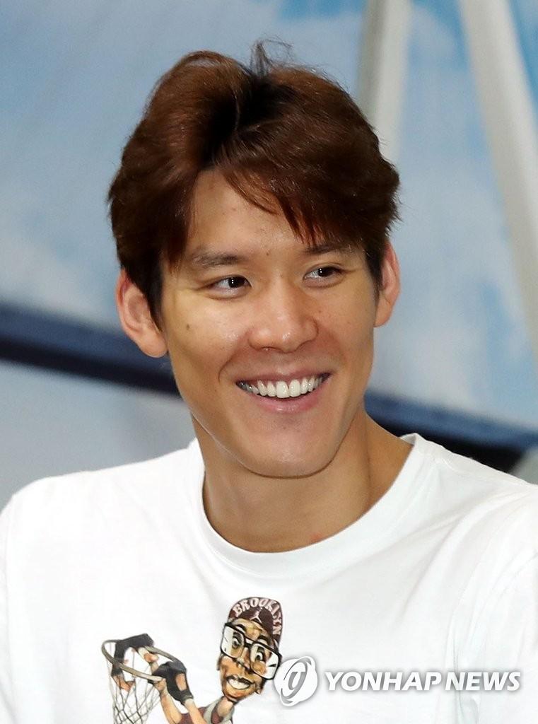 朴泰桓与仁川市长会面承诺争取奥运好成绩
