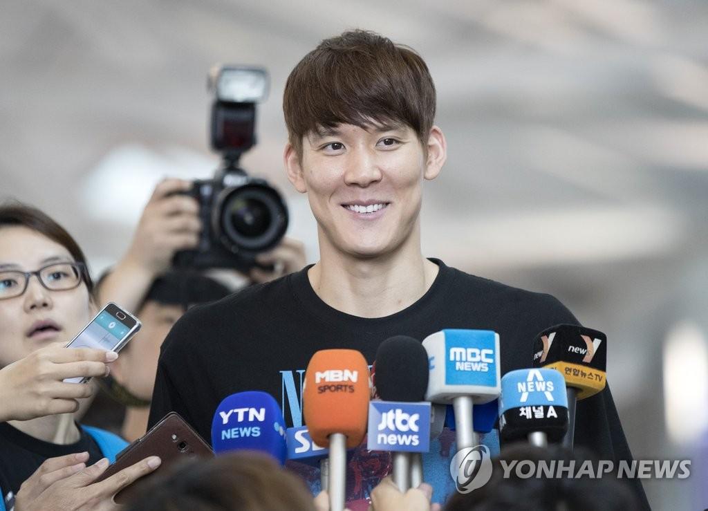 朴泰桓赴美接受赛前训练