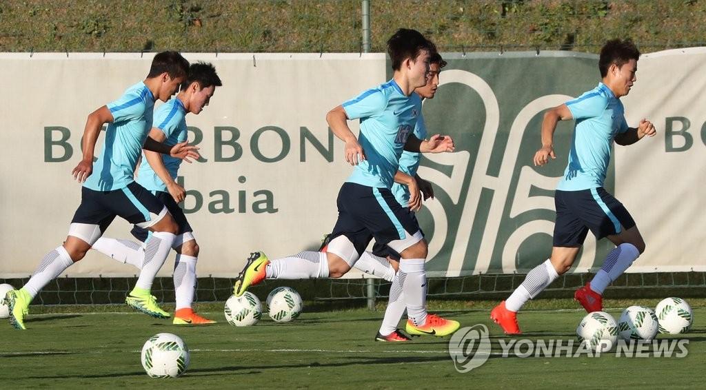 韩国男足战术训练