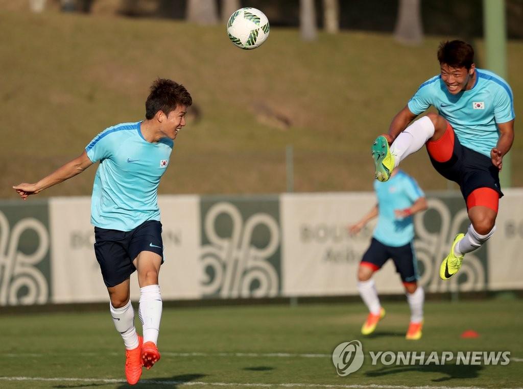 韩国男足训练备战里约