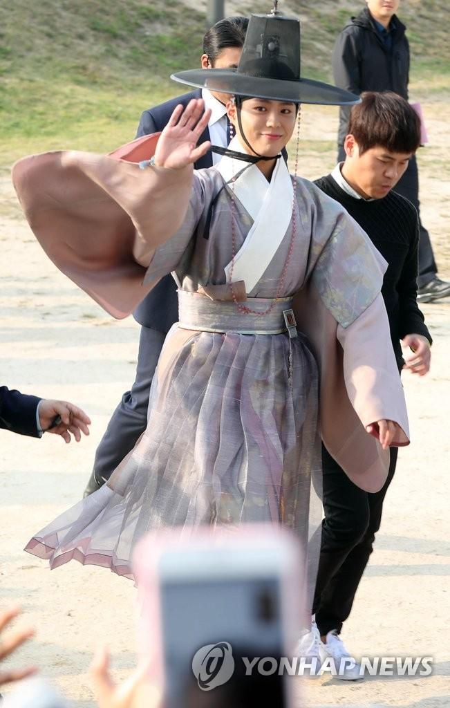 演员朴宝剑