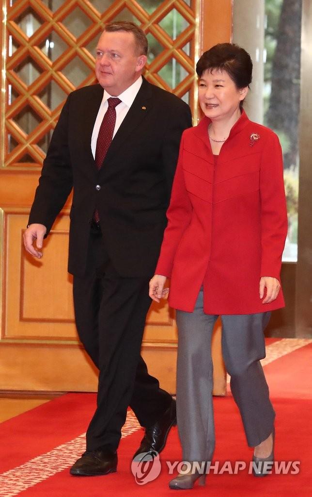 朴槿惠会见丹麦首相