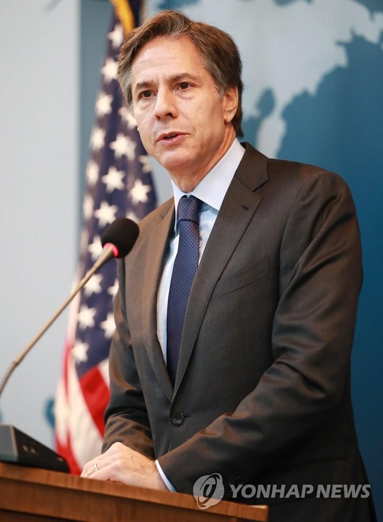 美常务副国务卿布林肯在首尔大演讲