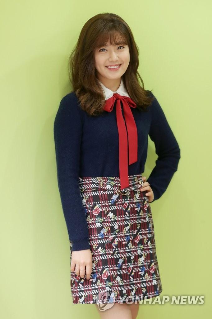 演员南智贤