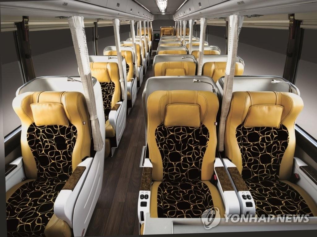 现代汽车高级大巴投入运营