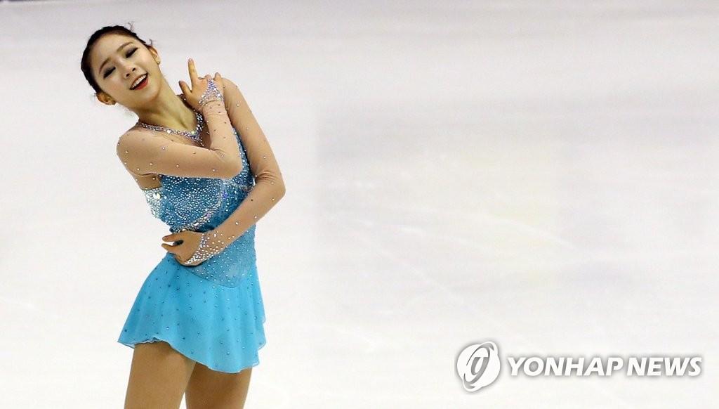 崔多彬为韩国夺得首枚亚冬会花滑金牌