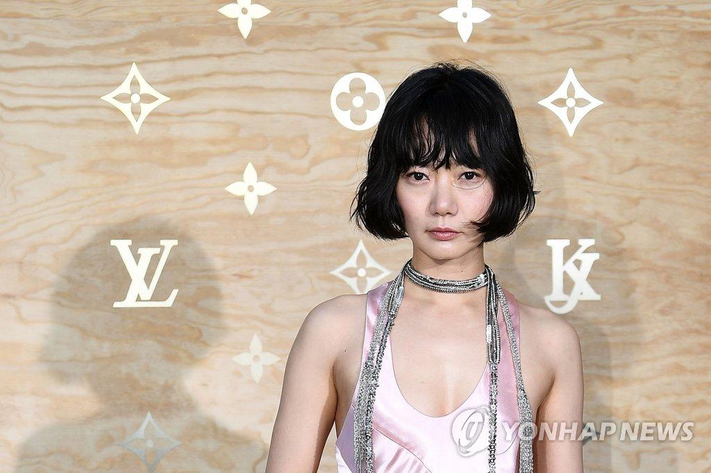 韩国演员裴斗娜