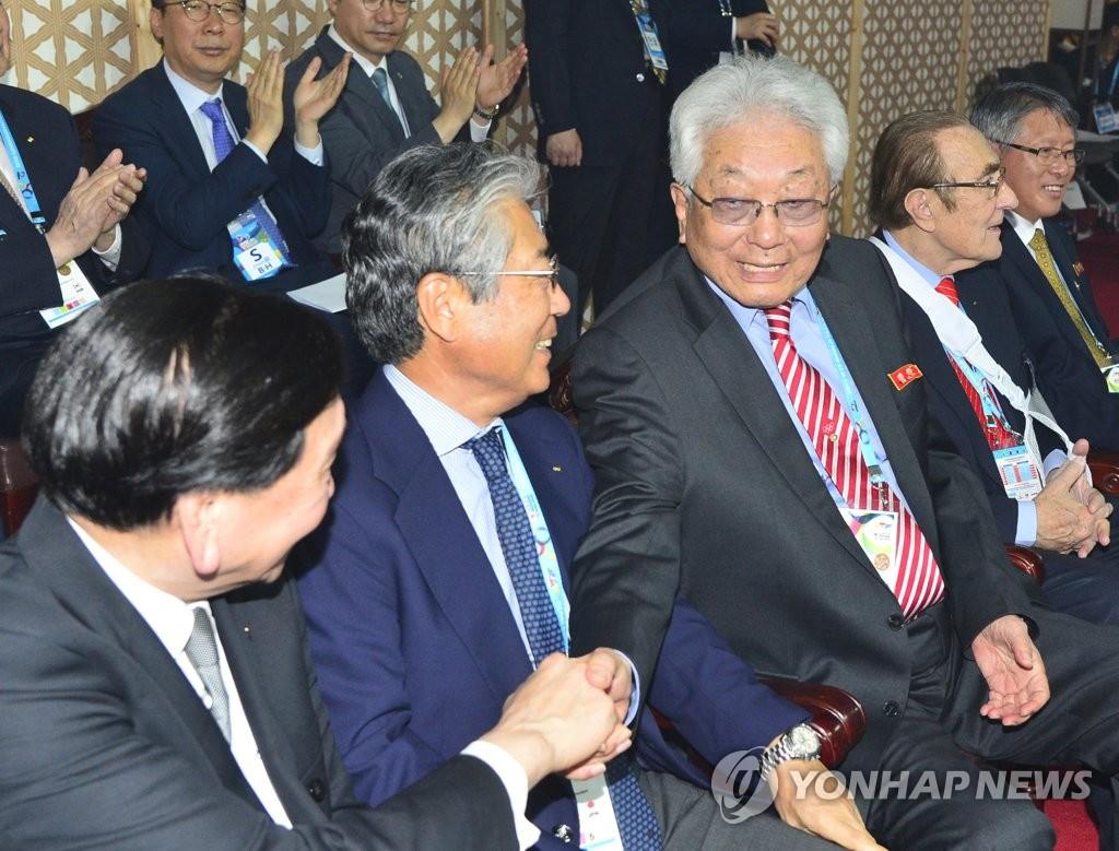 朝中IOC委员相聚跆拳道世锦赛