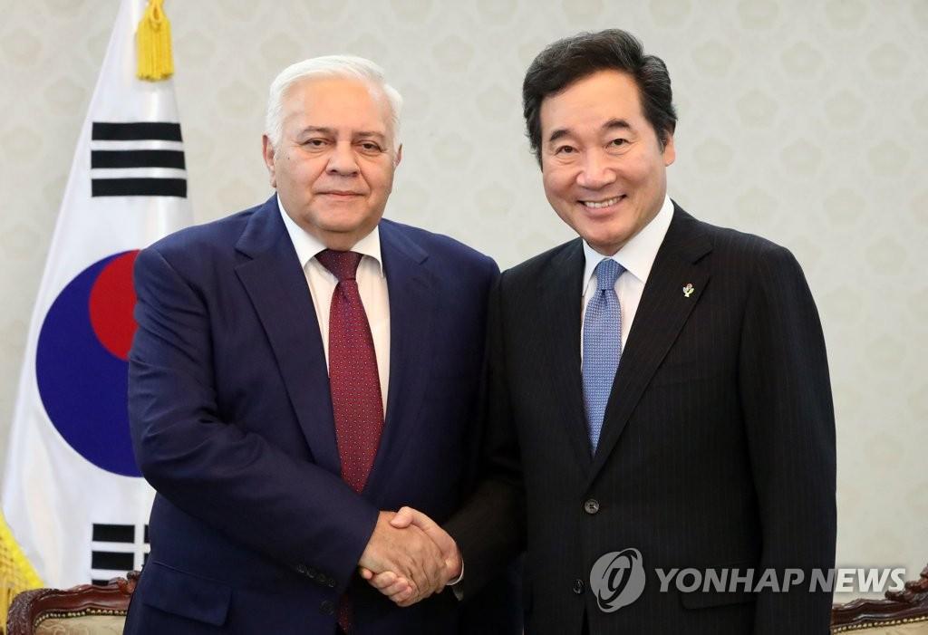 韩总理接见阿塞拜疆议长