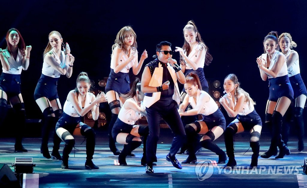 鸟叔PSY夏季演唱会预售火爆 加开一场