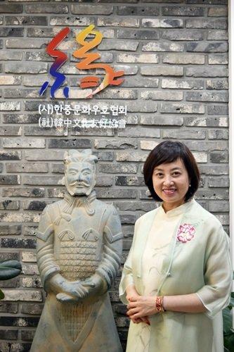 韩中文化友好协会会长曲欢