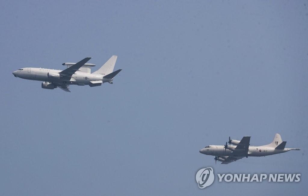 """资料图片:E-737""""和平之眼""""预警机(韩联社)"""