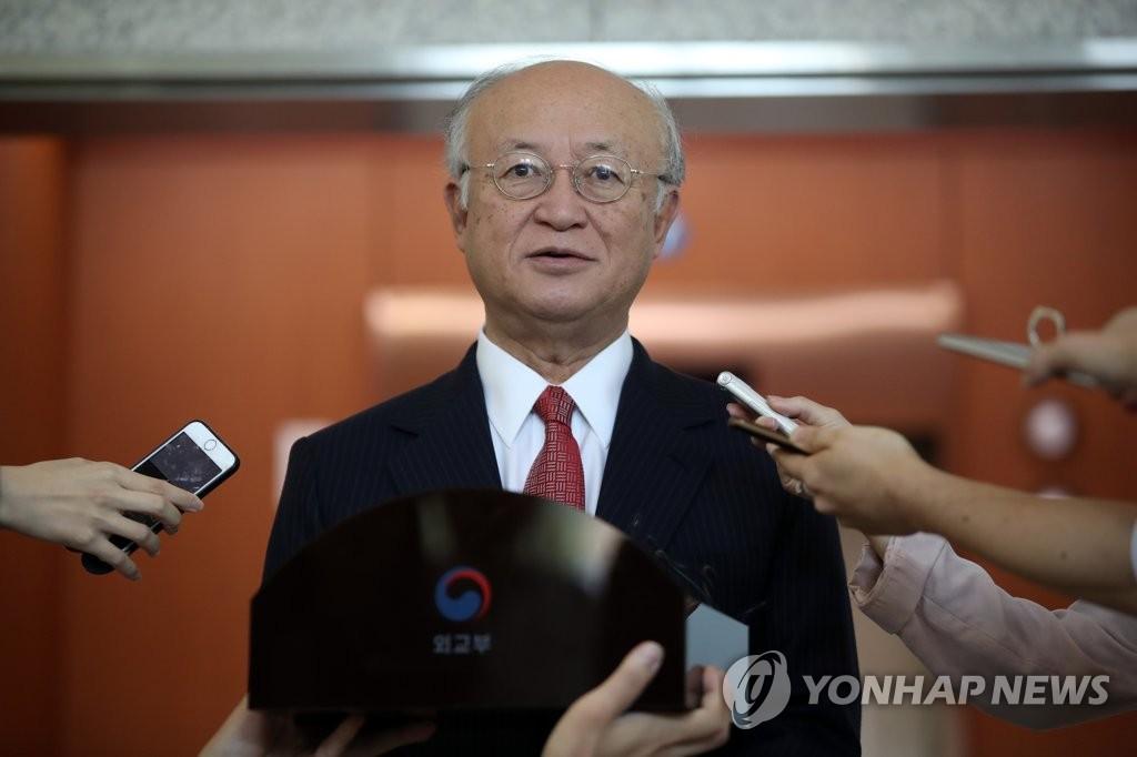 9月29日,在韩国外交部大楼,天野之弥会晤康京和后接受媒体记者采访。(韩联社)