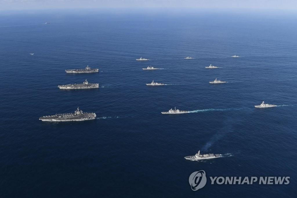 三艘美航母在韩东部联演