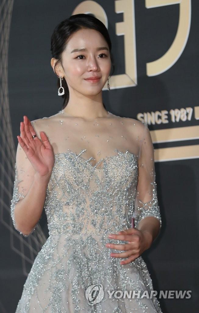 演员申惠善