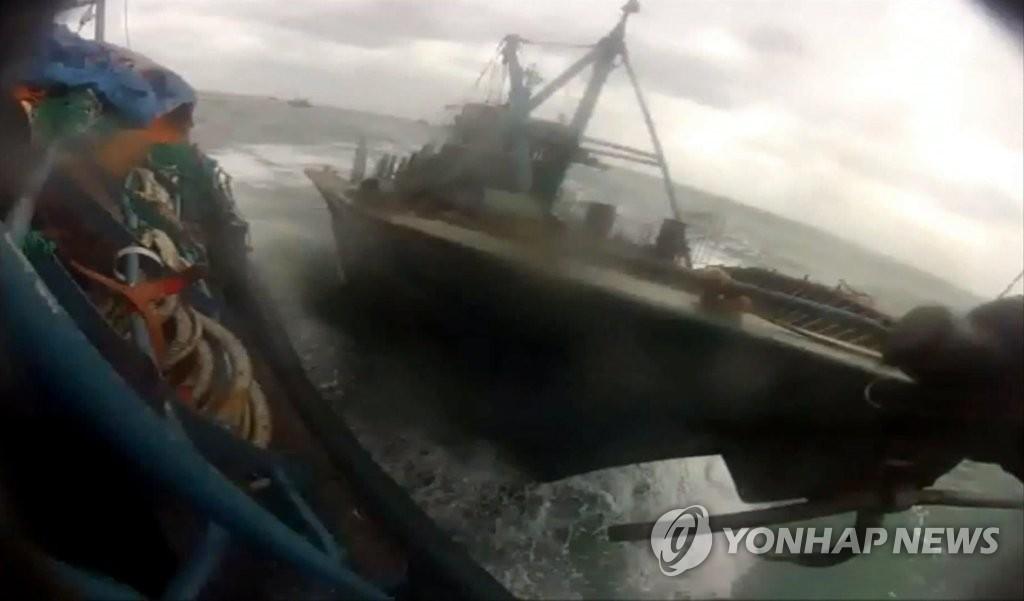 在韩非法捕捞中国渔船三年减七成