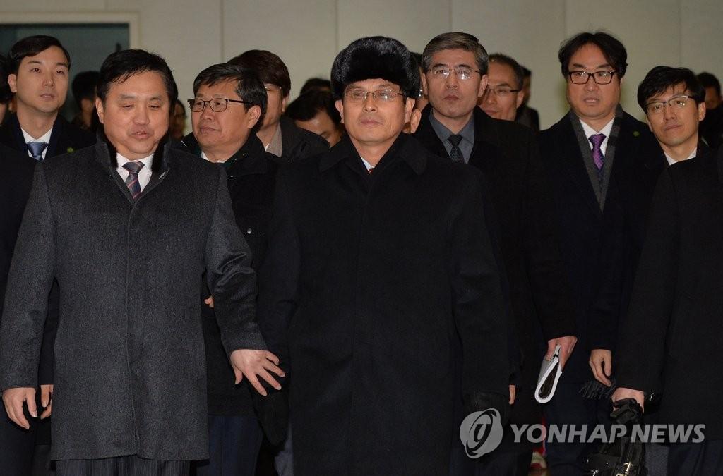朝鲜冬奥先遣队抵韩