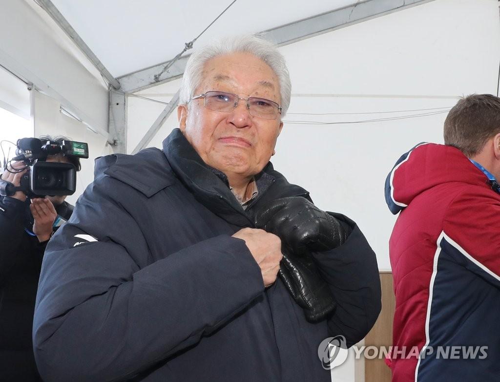 朝鲜籍国际奥委会委员张雄