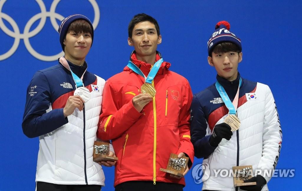 韩摘男子短道速滑500米银铜牌