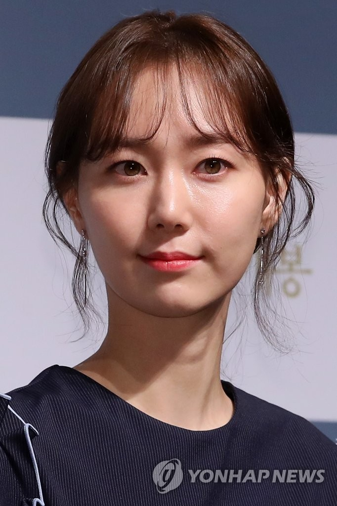 演员李宥英