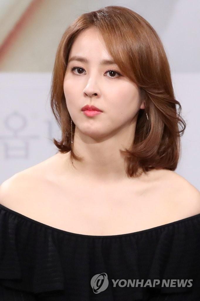 韩惠珍时隔4年回归荧屏