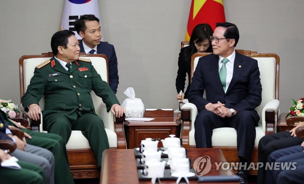 韩越防长会晤