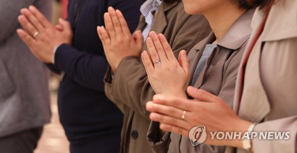 祈愿韩朝首脑会谈取得成功