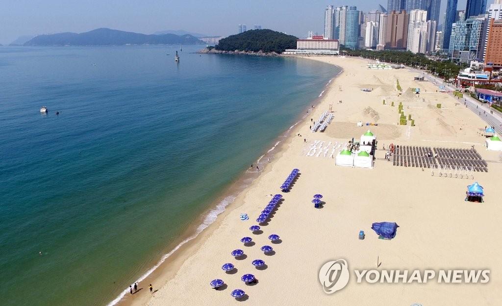釜山海云台海水浴场开放